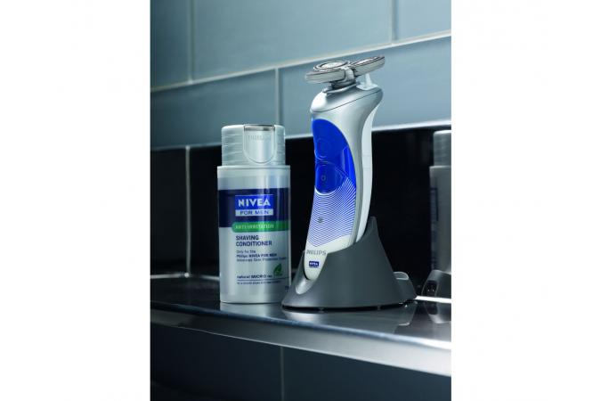 Бритва Philips HS8420 NIVEA for MEN