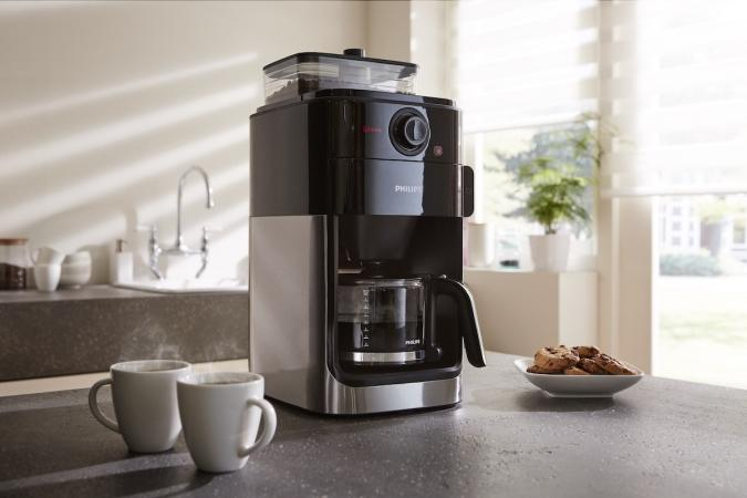 Кофемашина Philips Grind & Brew HD7767