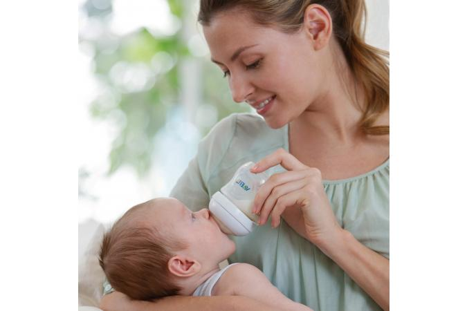 Соска 3 мес + Philips Avent Natural SCF653/27